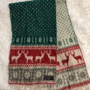 D&Y Softer Than Cashmere Holiday Scarf